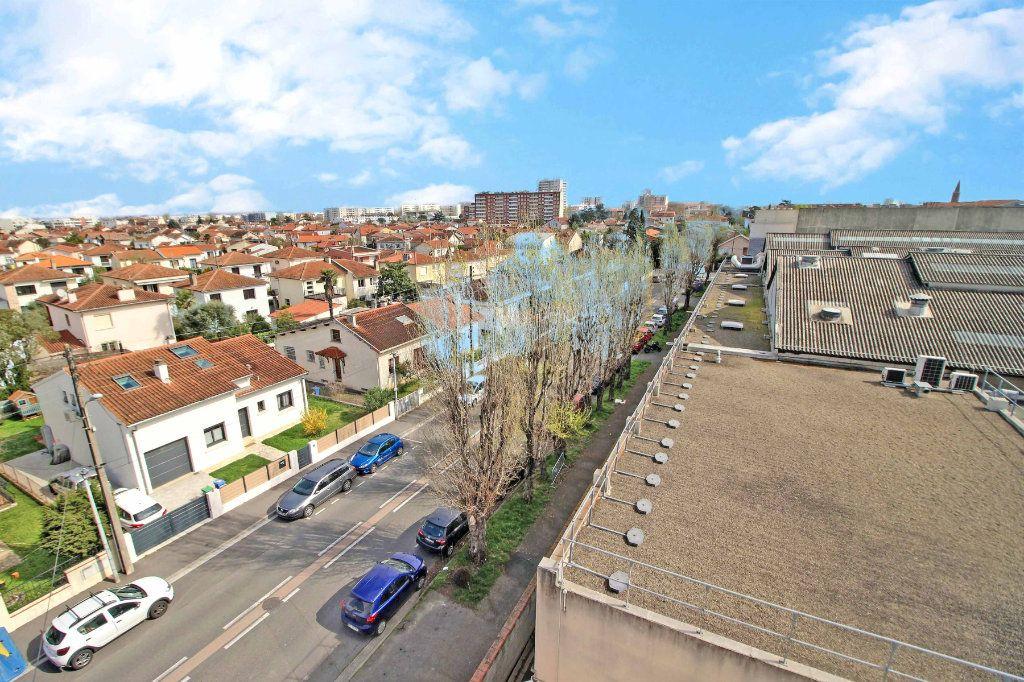 Appartement à vendre 3 50.7m2 à Toulouse vignette-5