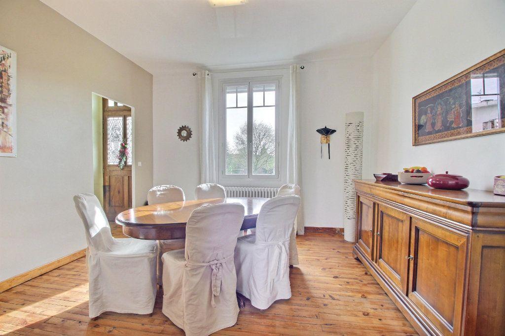 Maison à vendre 6 165m2 à Toulouse vignette-5