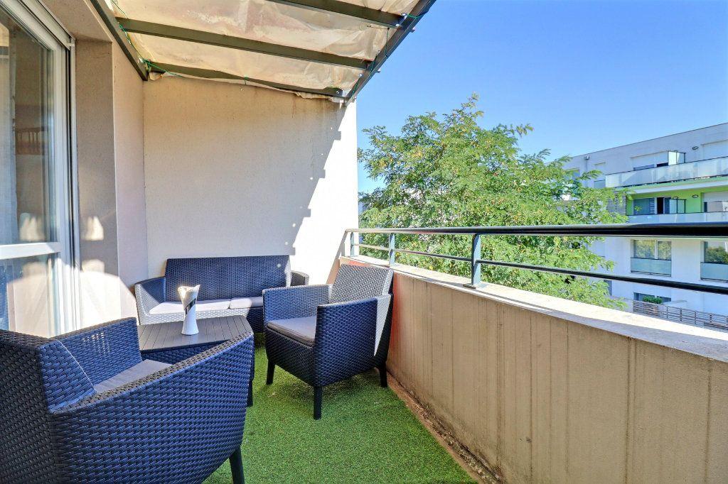 Appartement à vendre 3 65m2 à Toulouse vignette-2