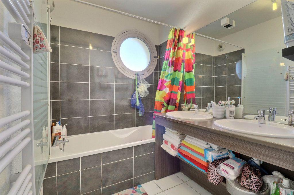 Appartement à vendre 3 65m2 à Toulouse vignette-9