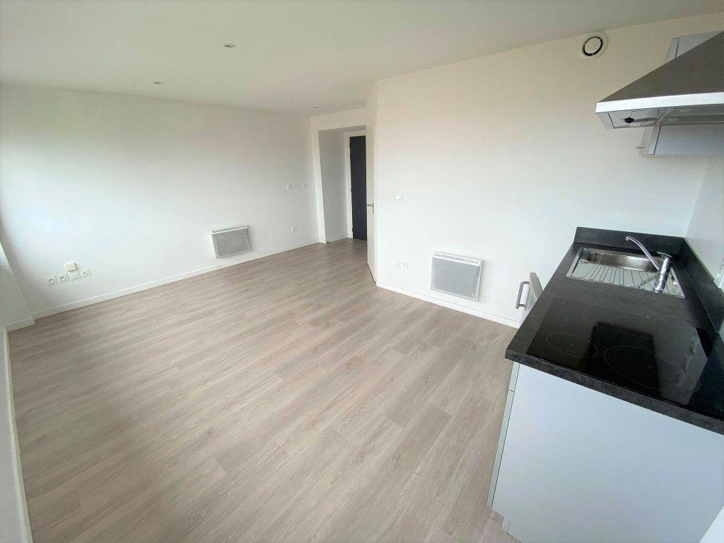 Appartement à vendre 1 27m2 à Toulouse vignette-3