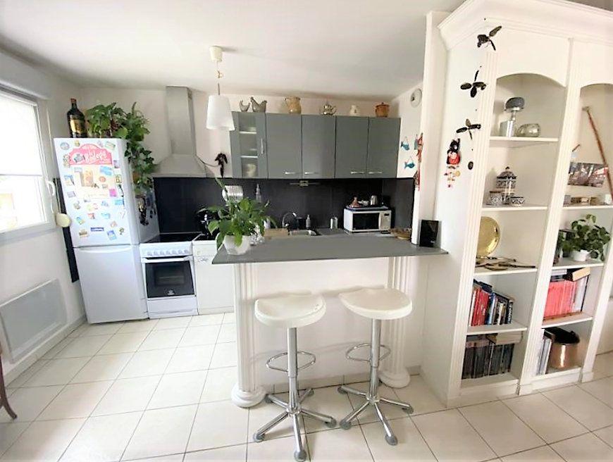 Appartement à vendre 4 84.18m2 à Castanet-Tolosan vignette-5