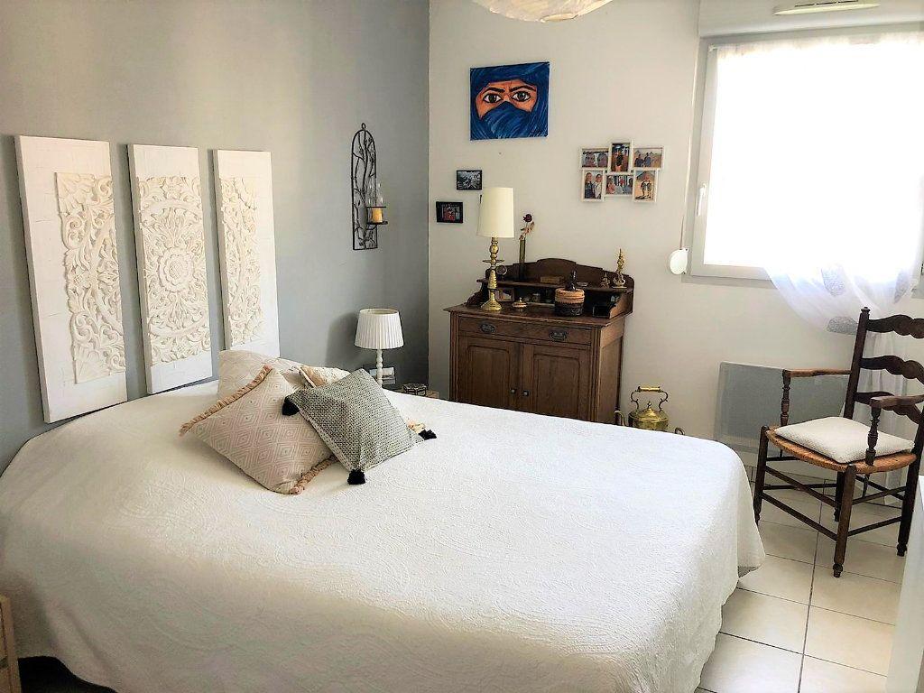 Appartement à vendre 4 84.18m2 à Castanet-Tolosan vignette-7