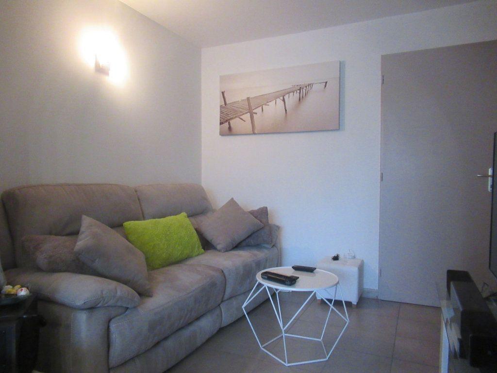 Maison à vendre 4 79.63m2 à Saint-Vincent-de-Tyrosse vignette-3