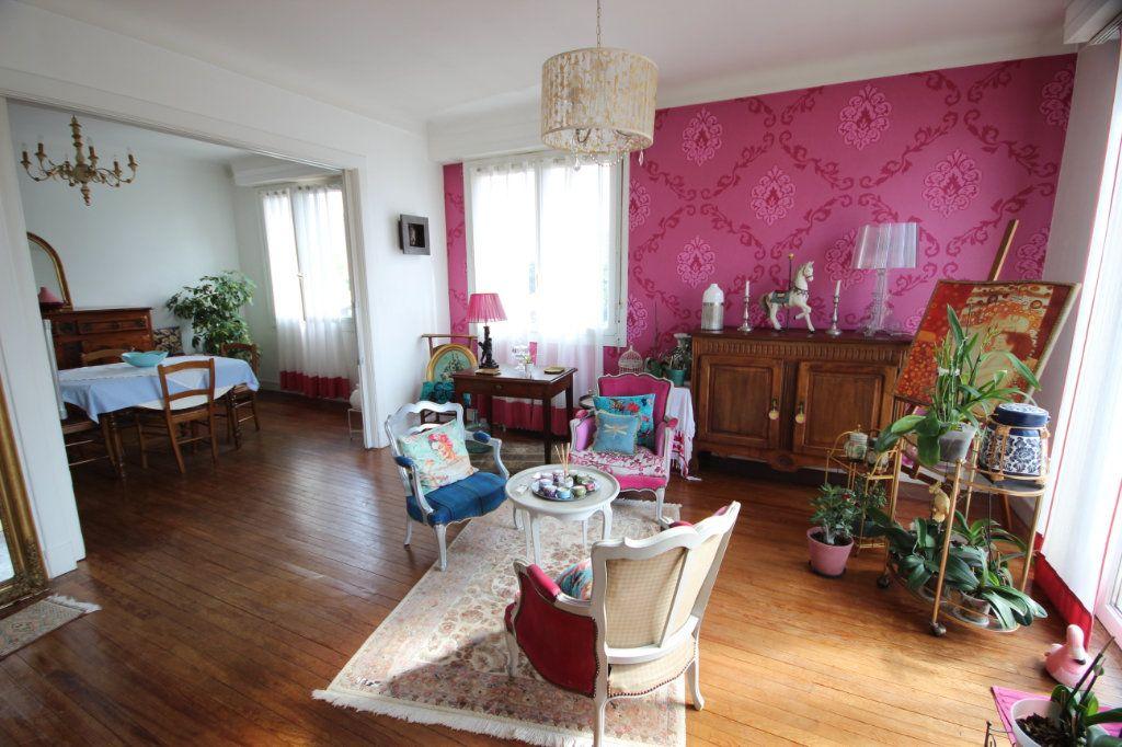 Maison à vendre 6 172.7m2 à Billère vignette-2