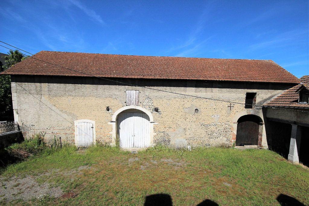 Maison à vendre 6 180m2 à Labastide-Cézéracq vignette-3