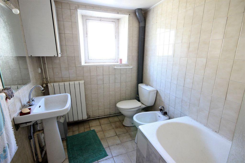Maison à vendre 6 180m2 à Labastide-Cézéracq vignette-13