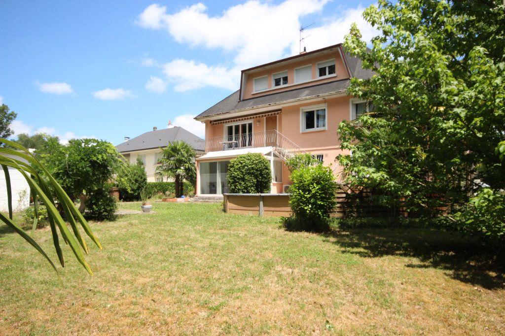 Maison à vendre 6 212m2 à Lescar vignette-2