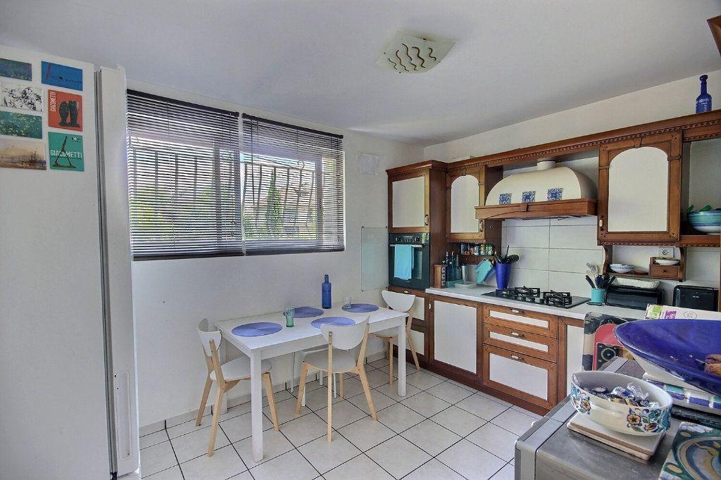 Maison à vendre 6 212m2 à Lescar vignette-5