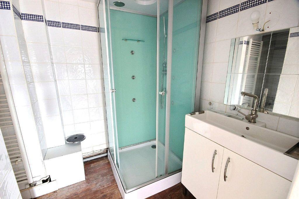 Appartement à vendre 3 62.01m2 à Pau vignette-6