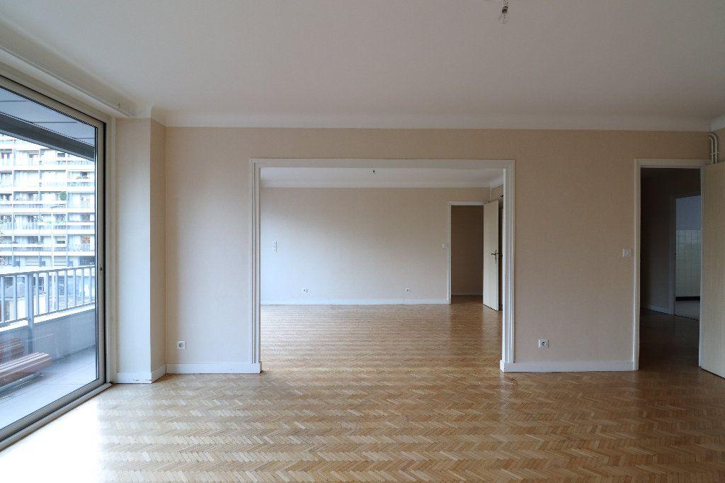 Appartement à vendre 4 109.42m2 à Tarbes vignette-1