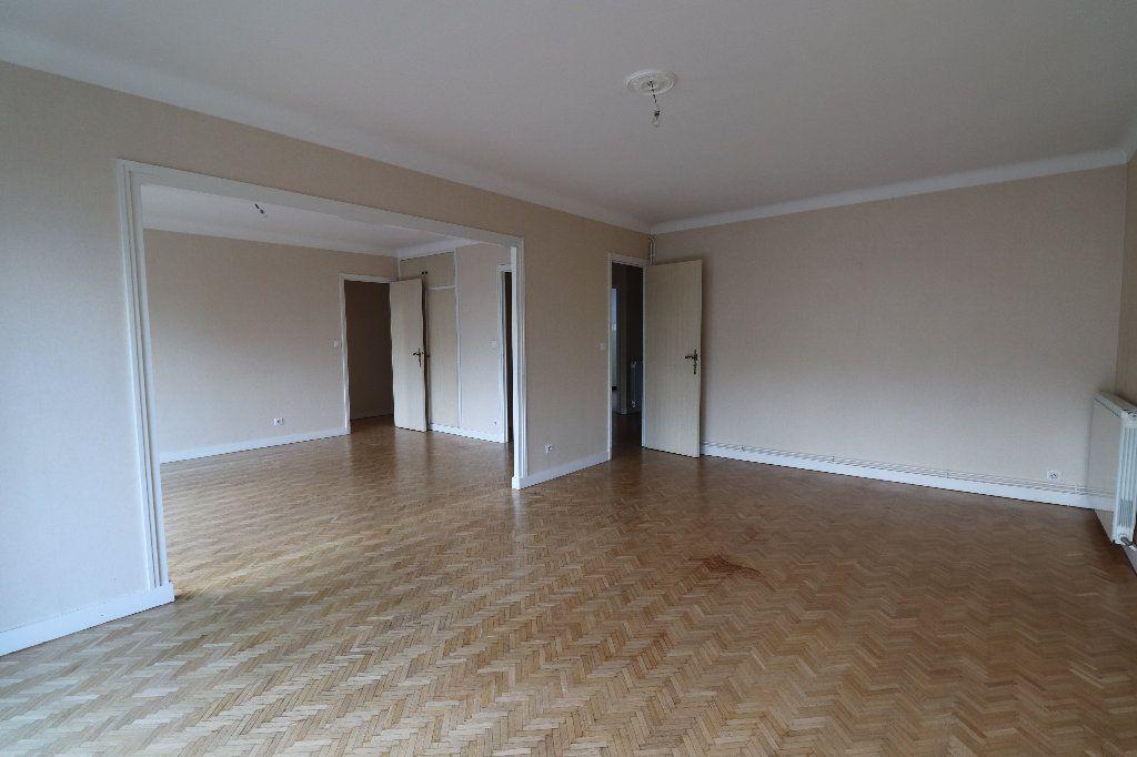 Appartement à vendre 4 109.42m2 à Tarbes vignette-3