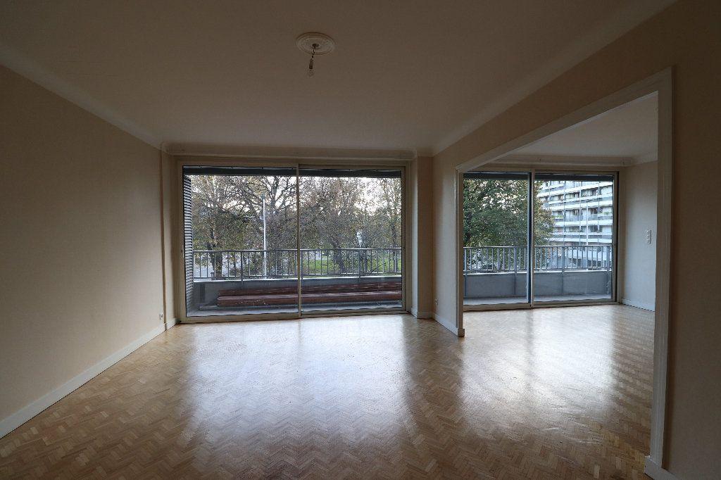 Appartement à vendre 4 109.42m2 à Tarbes vignette-4
