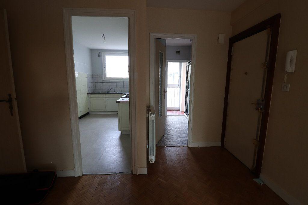 Appartement à vendre 4 109.42m2 à Tarbes vignette-6