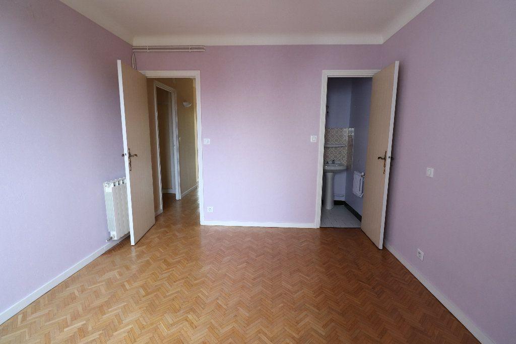 Appartement à vendre 4 109.42m2 à Tarbes vignette-8