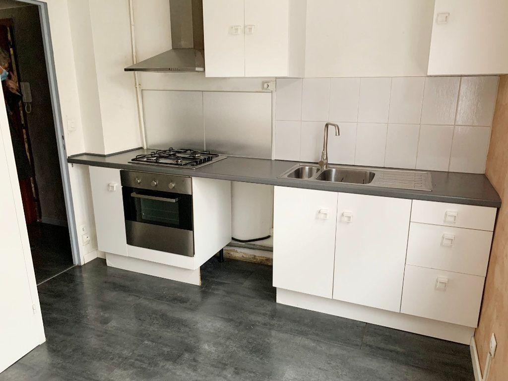 Appartement à louer 2 44m2 à Pau vignette-1