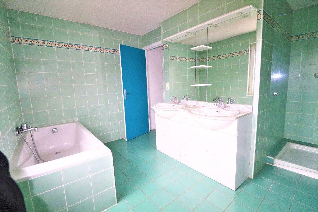 Maison à vendre 5 150m2 à Laloubère vignette-7