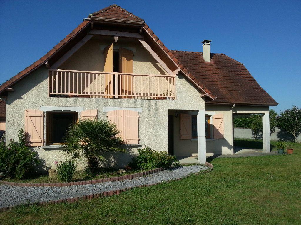 Maison à louer 5 150m2 à Aussevielle vignette-1
