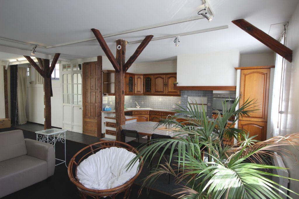 Appartement à vendre 4 130m2 à Pau vignette-6