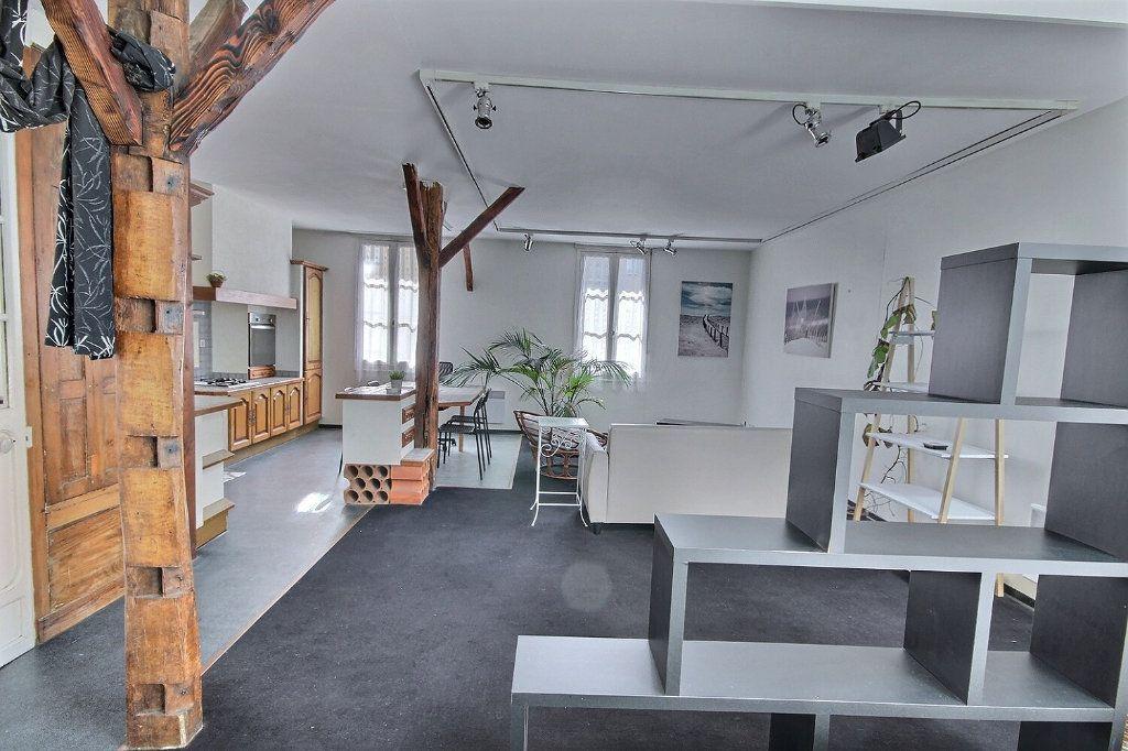 Appartement à vendre 4 130m2 à Pau vignette-1