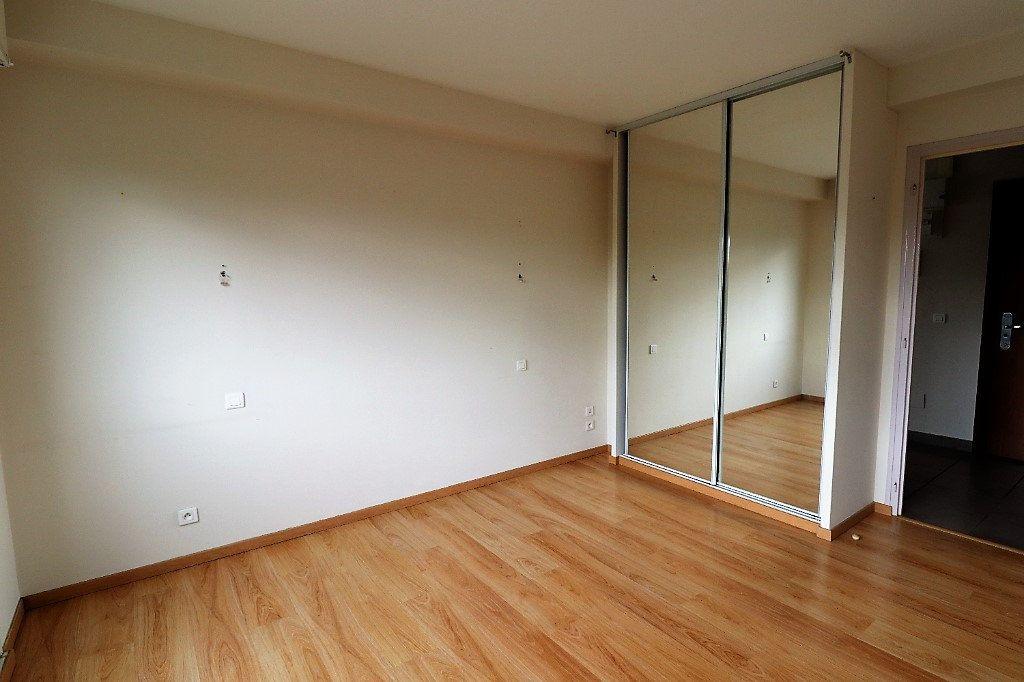 Appartement à vendre 4 94m2 à Tarbes vignette-9