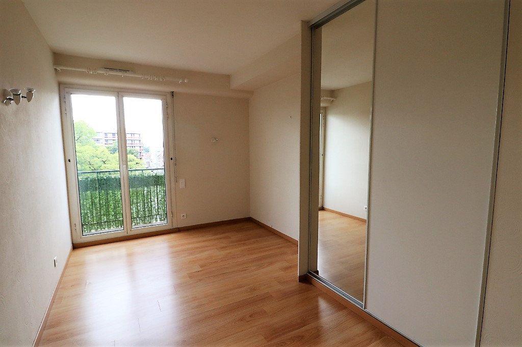 Appartement à vendre 4 94m2 à Tarbes vignette-11