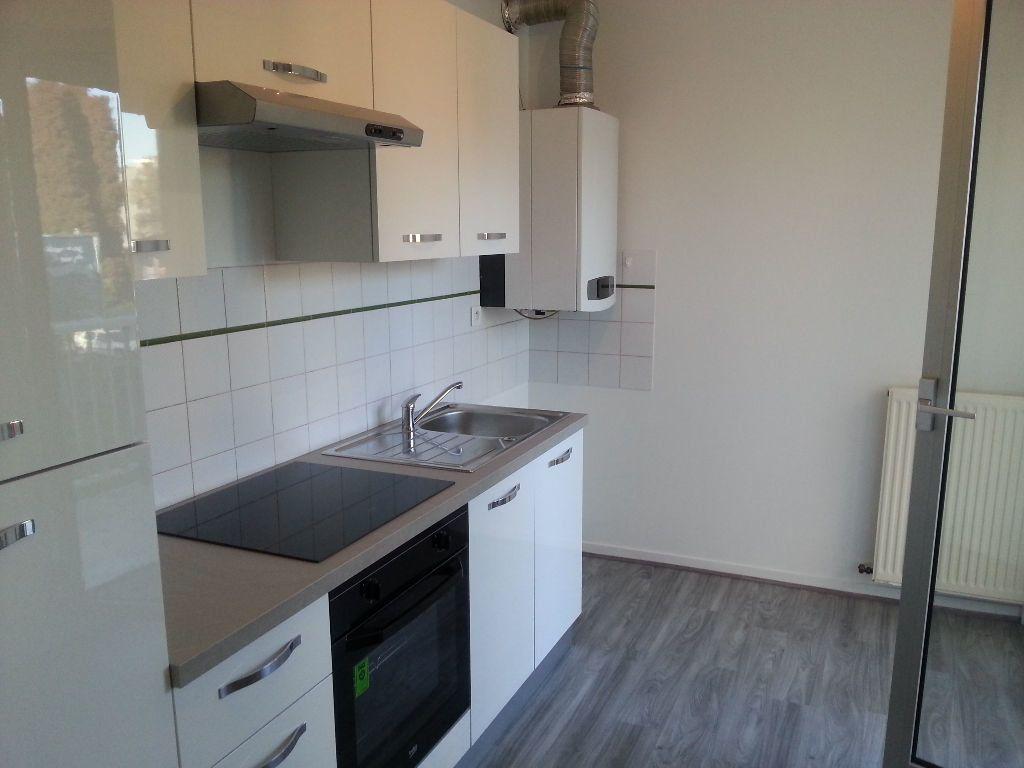 Appartement à louer 2 54m2 à Pau vignette-1