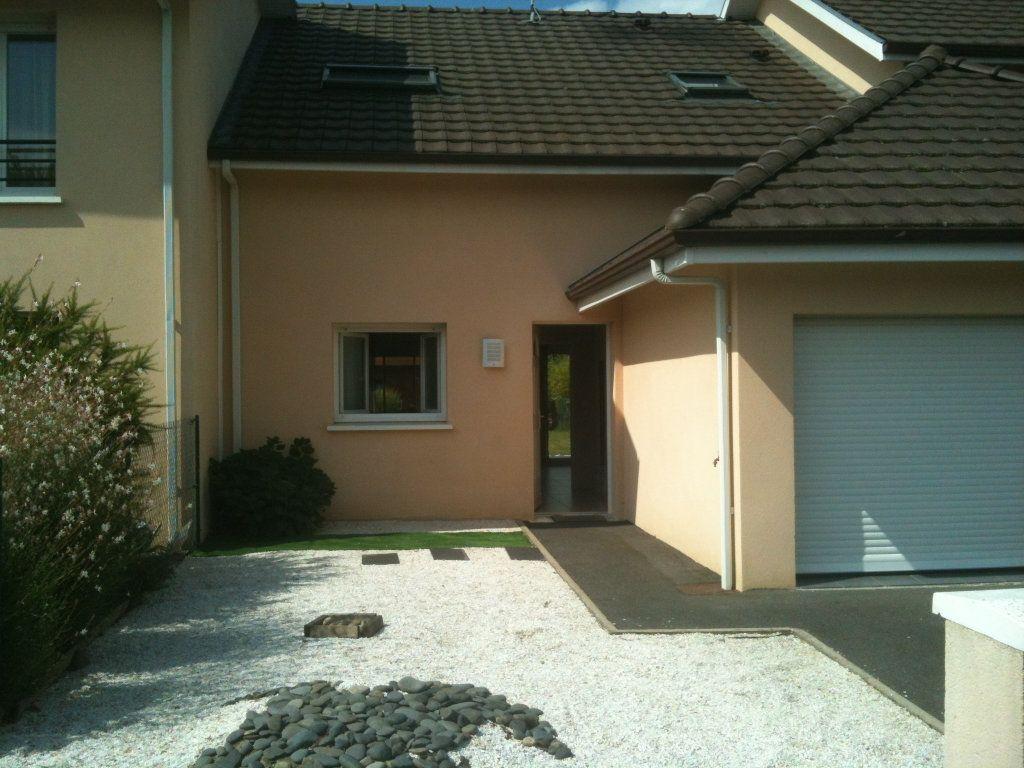 Maison à louer 4 86m2 à Lescar vignette-1