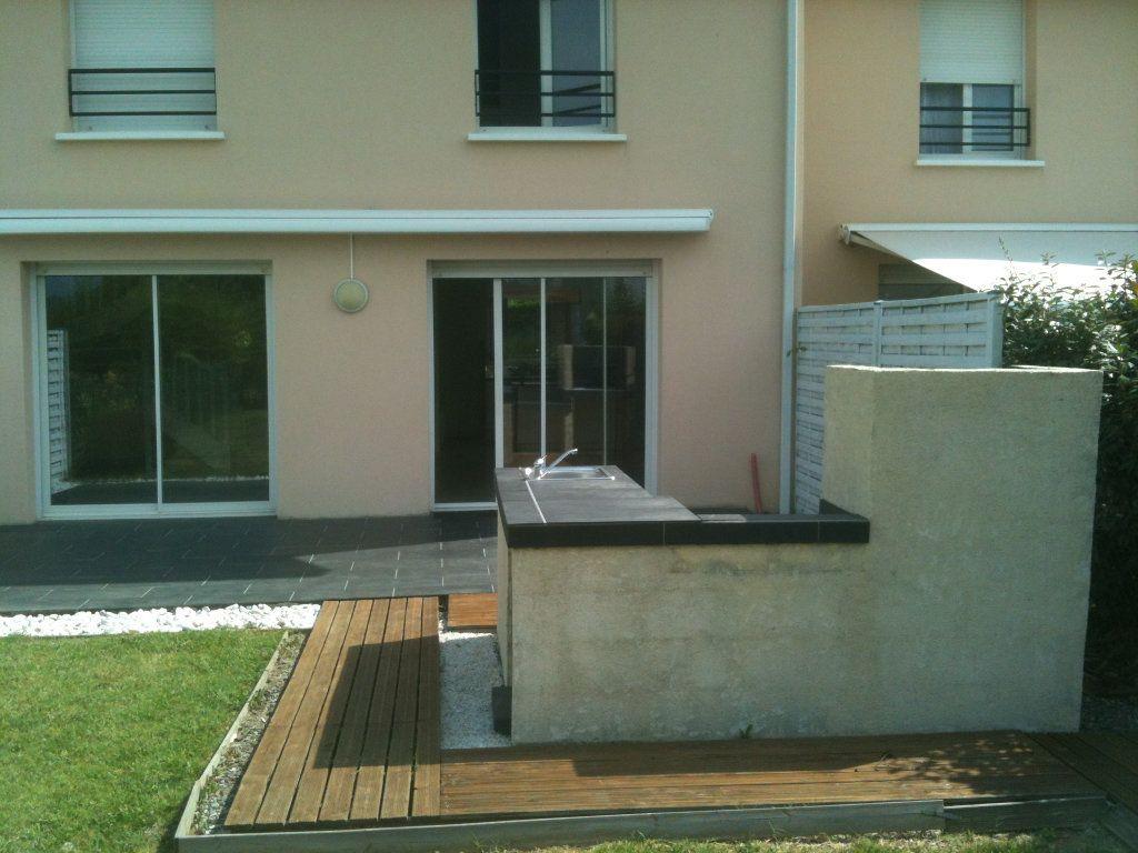 Maison à louer 4 86m2 à Lescar vignette-2
