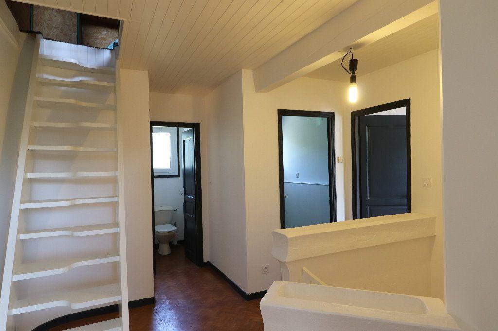Maison à vendre 8 241m2 à Sarrouilles vignette-12