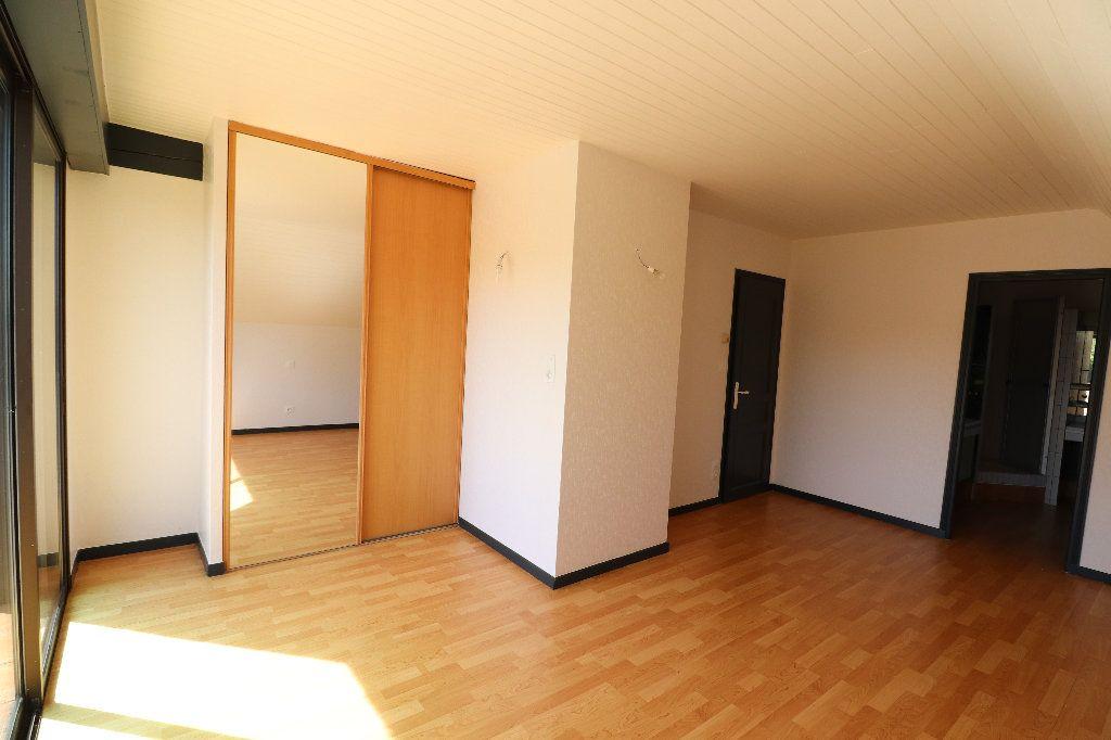 Maison à vendre 8 241m2 à Sarrouilles vignette-13