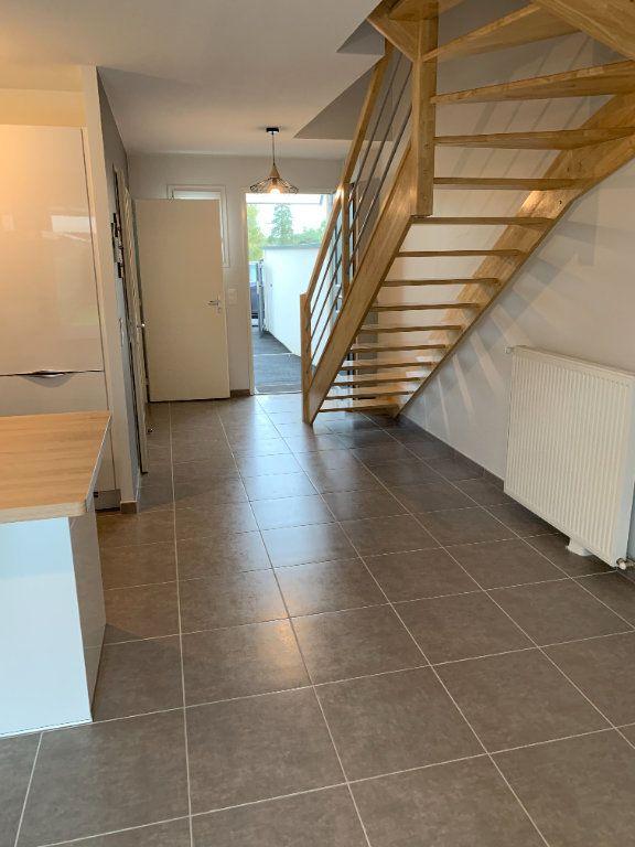 Appartement à louer 4 61m2 à Artiguelouve vignette-1