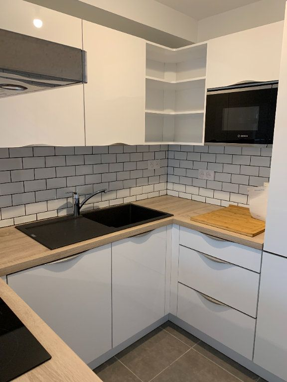 Appartement à louer 4 61m2 à Artiguelouve vignette-3