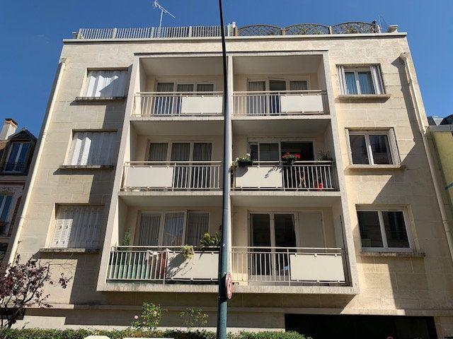 Appartement à vendre 3 54m2 à Asnières-sur-Seine vignette-1