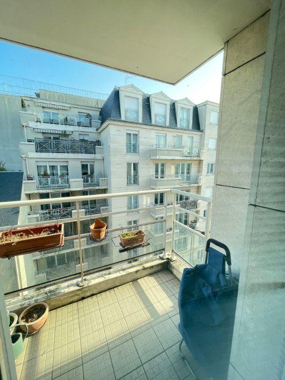 Appartement à vendre 3 65.37m2 à Asnières-sur-Seine vignette-6
