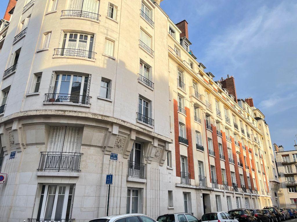 Appartement à vendre 3 72m2 à Asnières-sur-Seine vignette-2