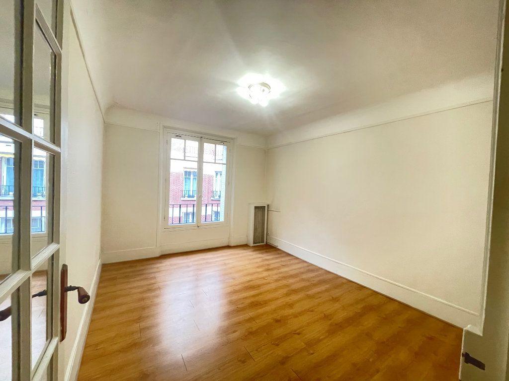 Appartement à vendre 3 72m2 à Asnières-sur-Seine vignette-6