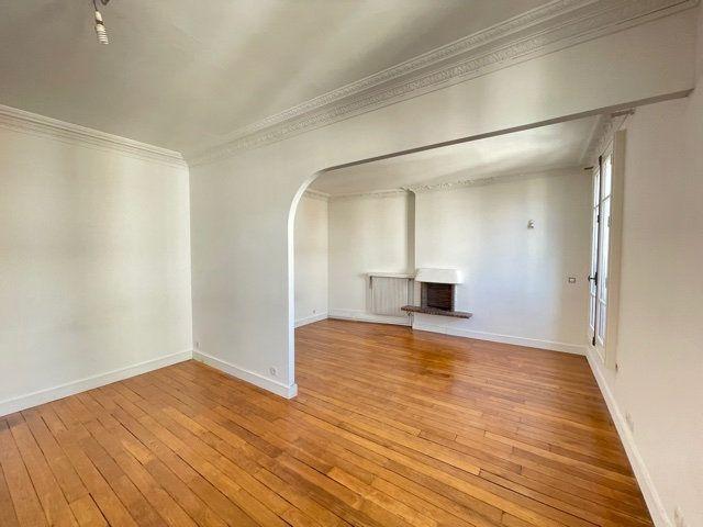 Appartement à vendre 3 58.6m2 à Asnières-sur-Seine vignette-2