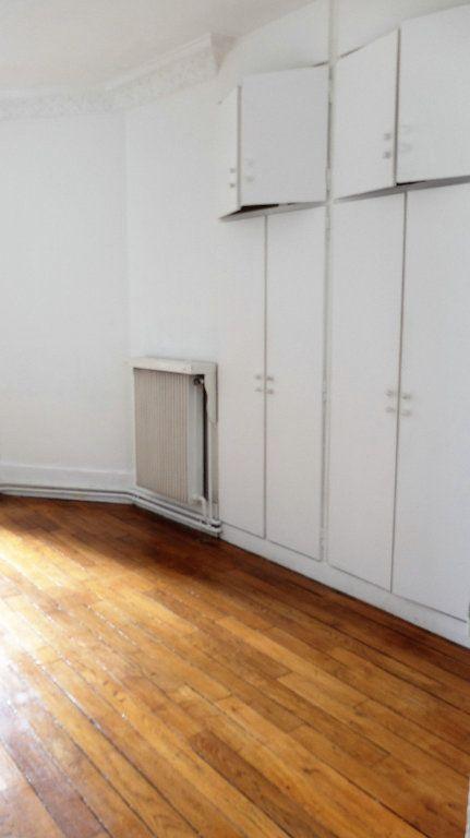Appartement à vendre 3 58.6m2 à Asnières-sur-Seine vignette-5
