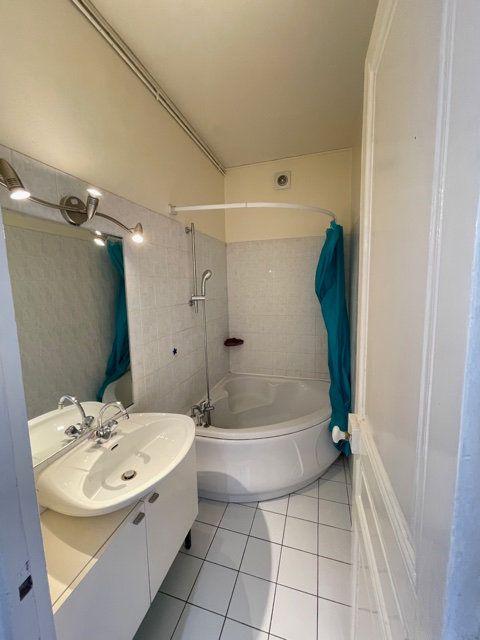 Appartement à vendre 3 58.6m2 à Asnières-sur-Seine vignette-7