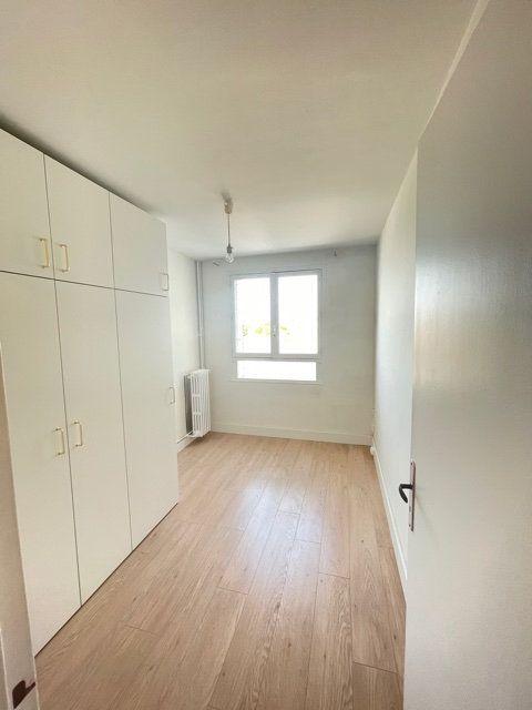 Appartement à vendre 4 74m2 à Asnières-sur-Seine vignette-5