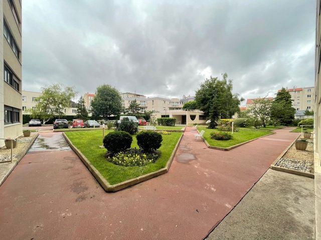 Appartement à vendre 3 71.96m2 à Asnières-sur-Seine vignette-11