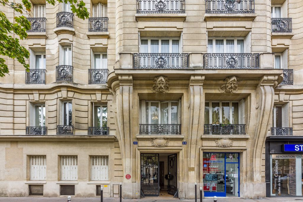 Appartement à vendre 2 53m2 à Paris 12 vignette-1