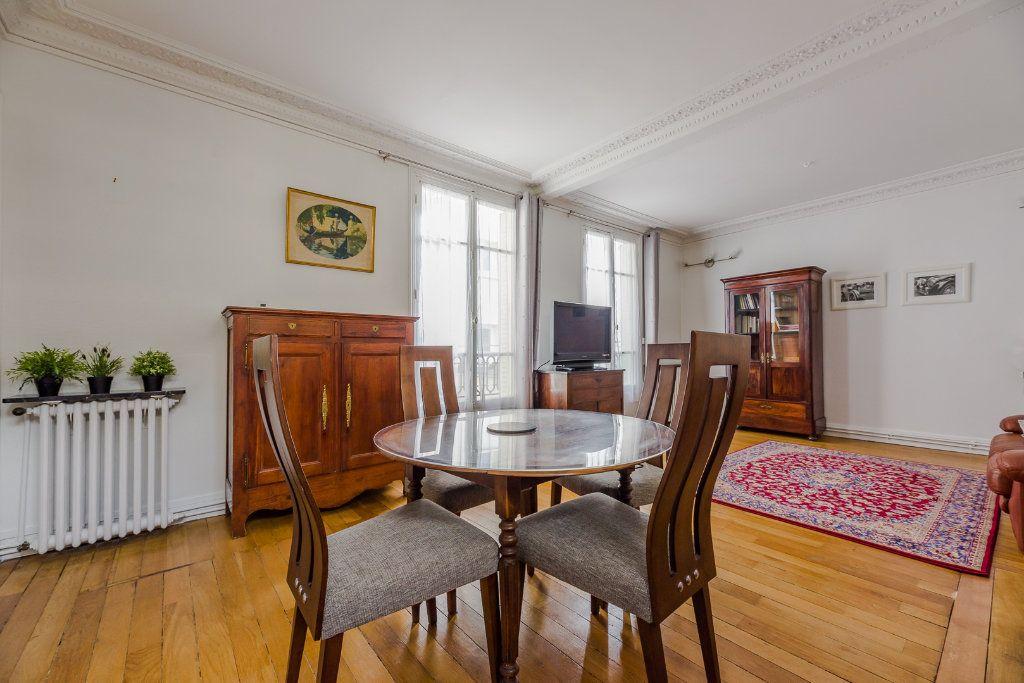 Appartement à vendre 2 53m2 à Paris 12 vignette-2