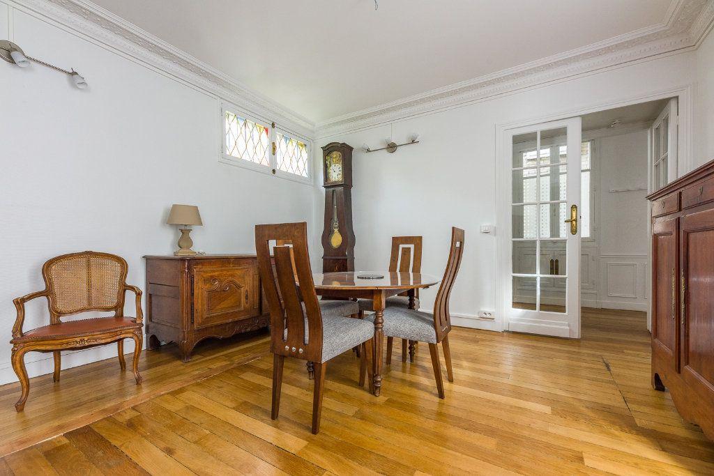 Appartement à vendre 2 53m2 à Paris 12 vignette-3