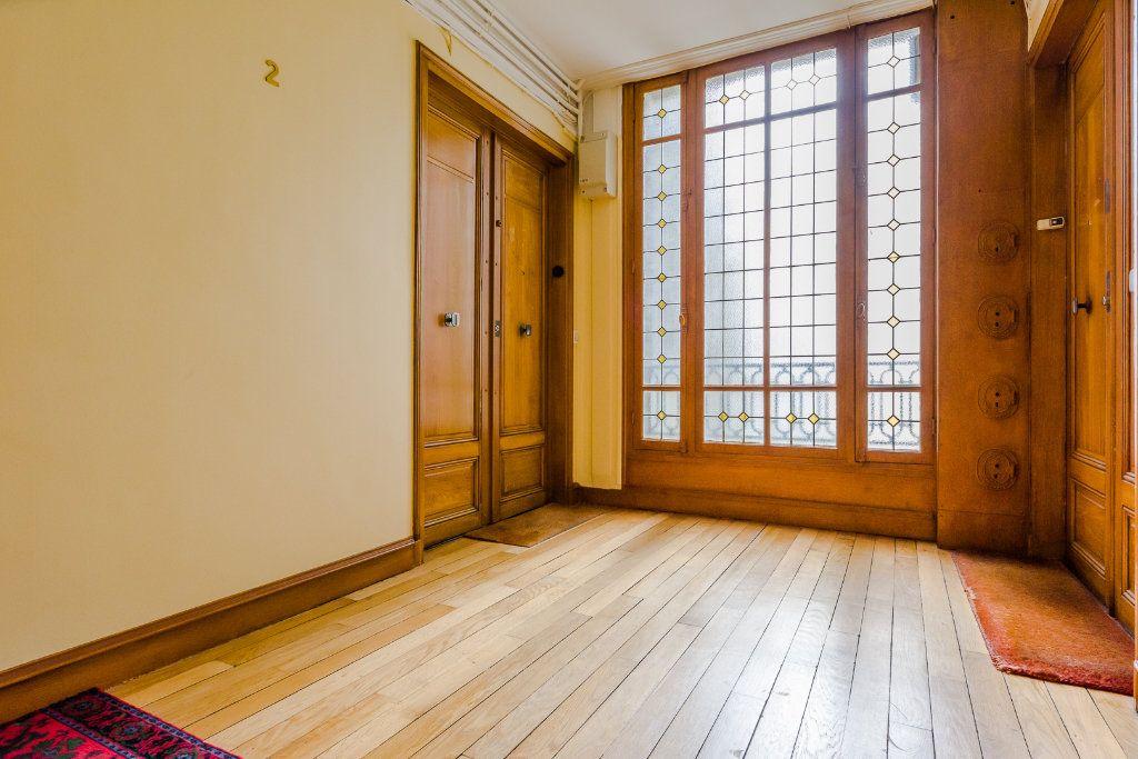 Appartement à vendre 2 53m2 à Paris 12 vignette-7