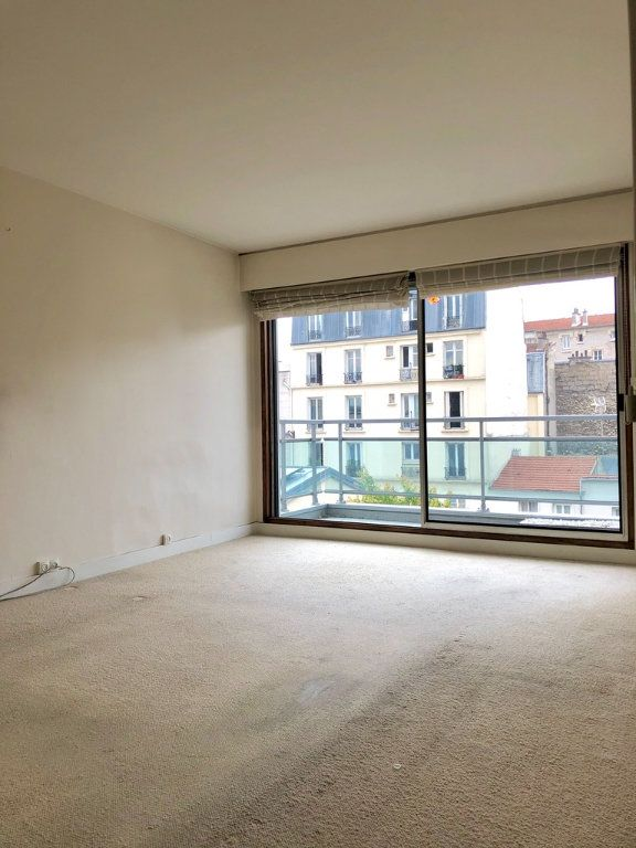 Appartement à vendre 2 54m2 à Paris 20 vignette-4