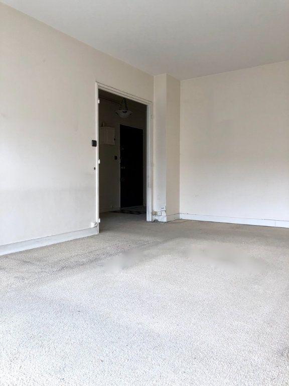 Appartement à vendre 2 54m2 à Paris 20 vignette-7