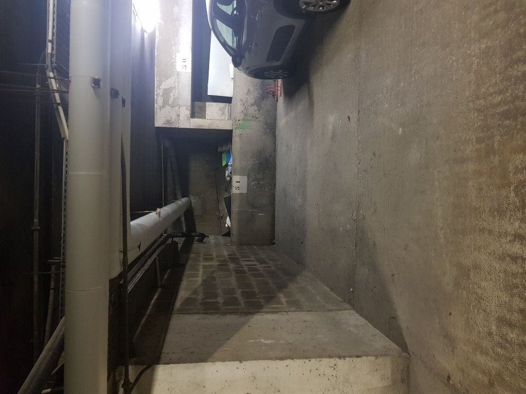 Stationnement à louer 0 0m2 à Paris 12 vignette-2