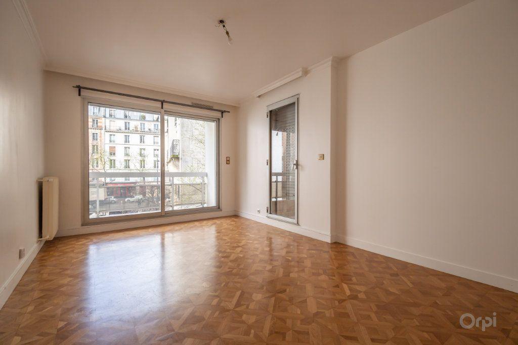 Appartement à vendre 4 102m2 à Paris 12 vignette-3